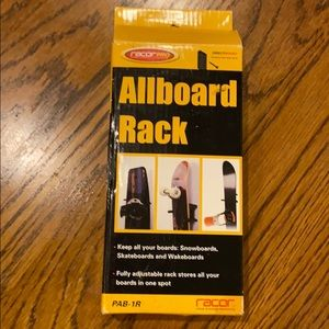 Skateboard/Snowboard Rack. From  RacorPro. BNWT.